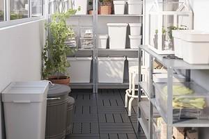 Что хранить на балконе: 10 вещей, которые можно туда убрать (и как это сделать красиво)