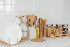 Панели ПВХ для кухни: плюсы и минусы отделки пластиком