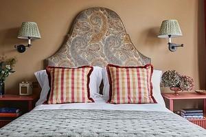 Очень декоративно: 8 кроватей с красивыми изголовьями, в которые вы влюбитесь