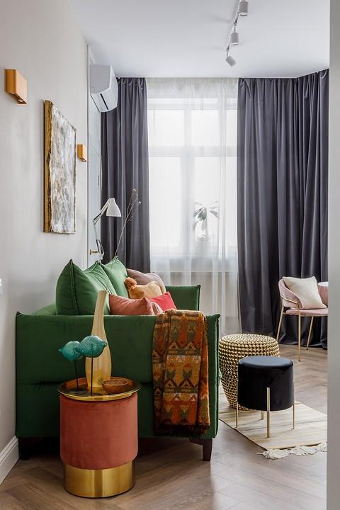 Цвет дивана — зеленый — автор пр...