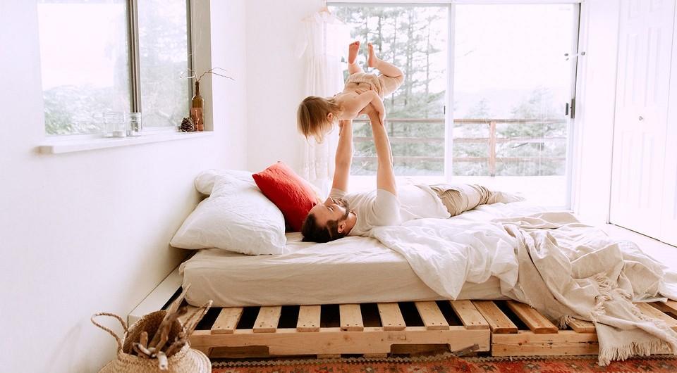 5 спален, где отказались от кровати (и чем ее заменили)