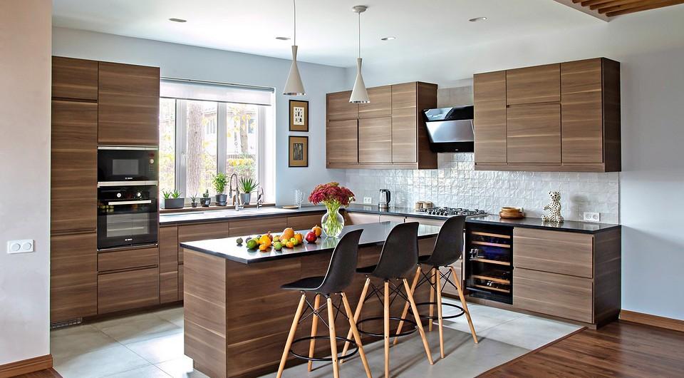 Кухонная зона выделена покрыт&#...