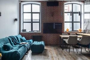 Как и с чем сочетать бирюзовый диван в интерьере