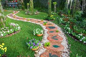 5 садовых украшений, которыми вы испортите свой участок