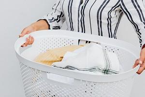 7 полезных аксессуаров, которые упростят стирку (и сохранят ваши вещи)