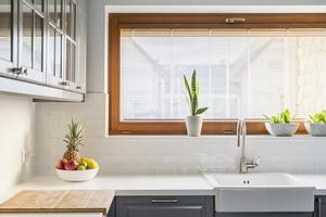 7 красивых рабочих зон у окна на кухне