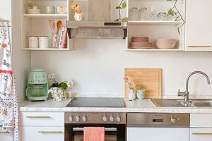 7 кухонь, которые обновили с помощью самоклеящейся пленки (вау, так можно было!)