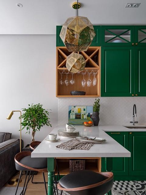 Кухонный гарнитур — угловой с б...