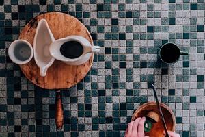 Не только для ванной: 6 удачных вариантов применения мозаики в интерьере