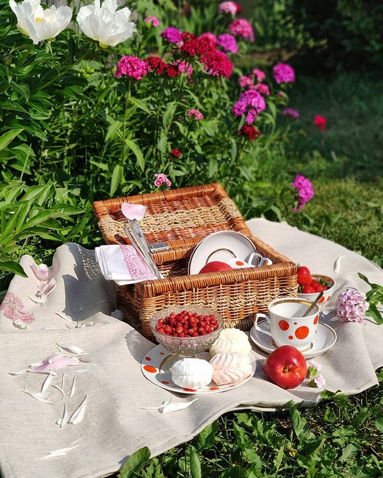 7 полезных аксессуаров, с которыми захочется проводить в саду еще больше времени | ivd.ru