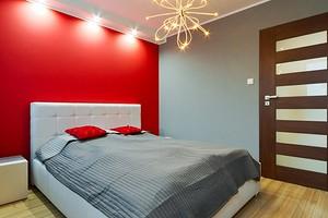 5 неудачных цветов для спальни (и почему их лучше не использовать)