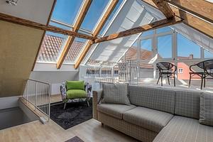 6 стильных решений для оформления чердака на даче