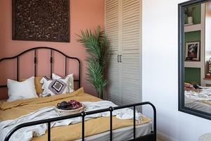Красочный интерьер маленькой квартиры, в который нельзя не влюбиться