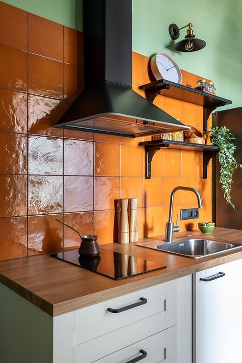 Кухня состоит из нескольких ни&...