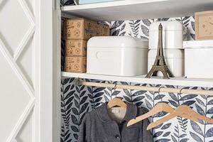 Как сделать гардеробную из кладовки: советы по обустройству и 30 фотоидей