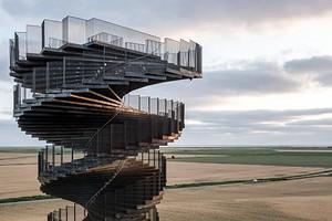 Завораживает: 10 самых необычных смотровых площадок мира