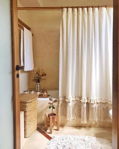 В ванной на фото воссоздан стил...