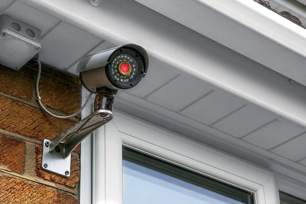 Как обезопасить свой дом: всё о системах видеонаблюдения