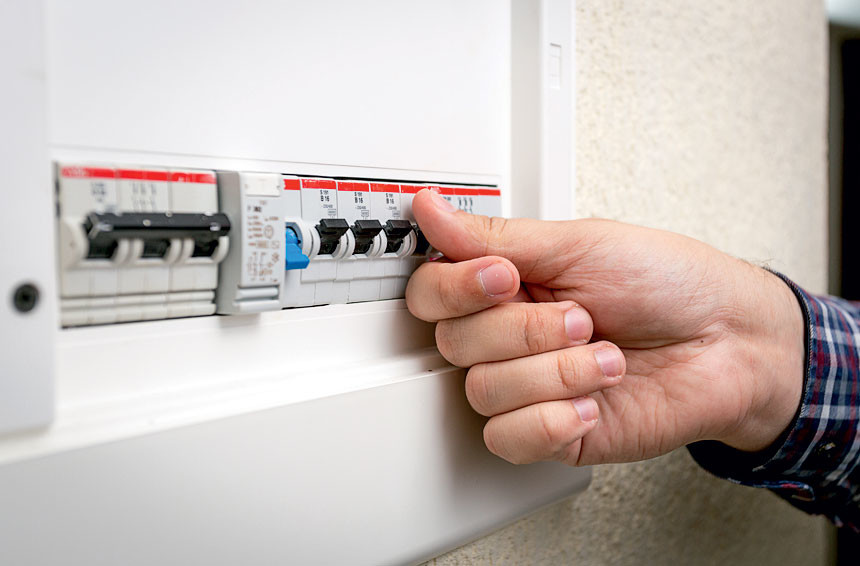 Дом под защитой: автоматические предохранители, дифавтоматы  и УЗО