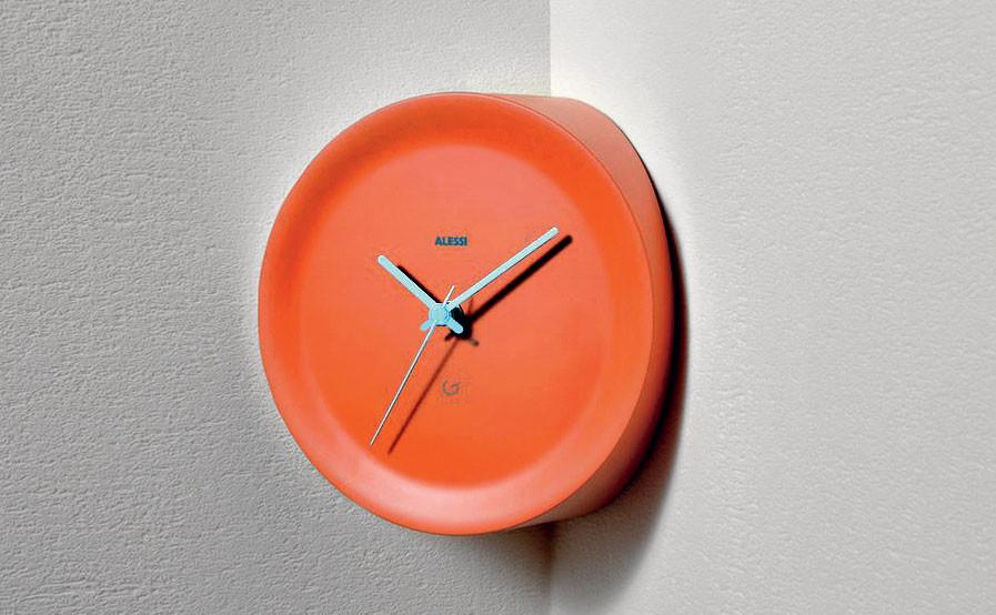 Время и место: 34 актуальные модели часов