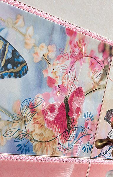 Среди цветов и птиц: керамическая плитка Bohemian