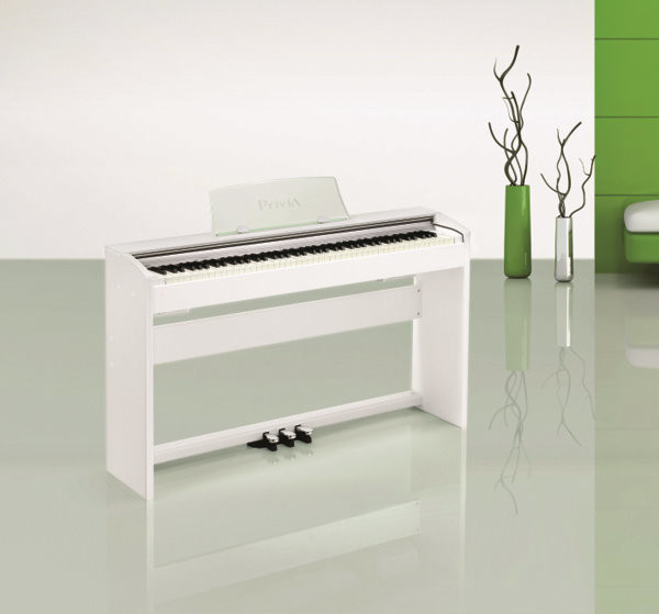 Живите с музыкой:  электронные фортепиано Casio