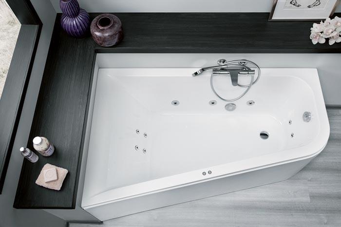 Больше чем стандарт: новые гидромассажные ванны