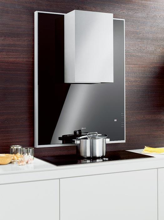 Кухонная красавица: новая вытяжка