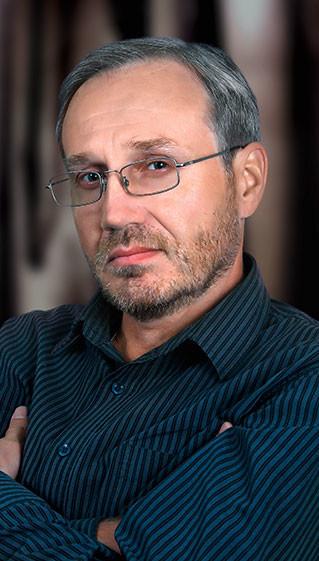 Александр Немов