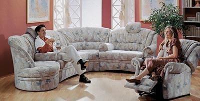Диалог кресла с диваном