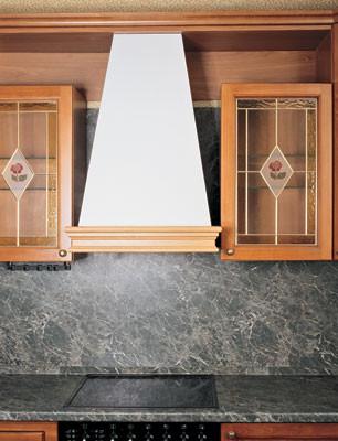 Монтаж кухонного воздухоочистителя