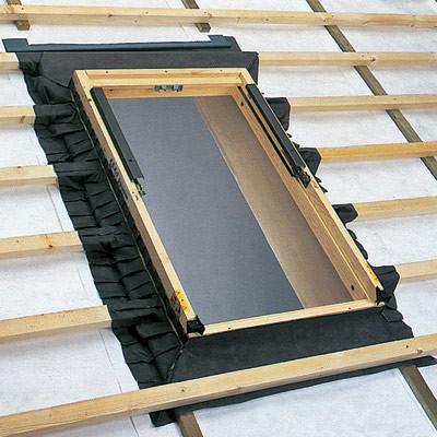 Вентиляция и теплосбережение в мансардных окнах  (Свой дом №3 2006)
