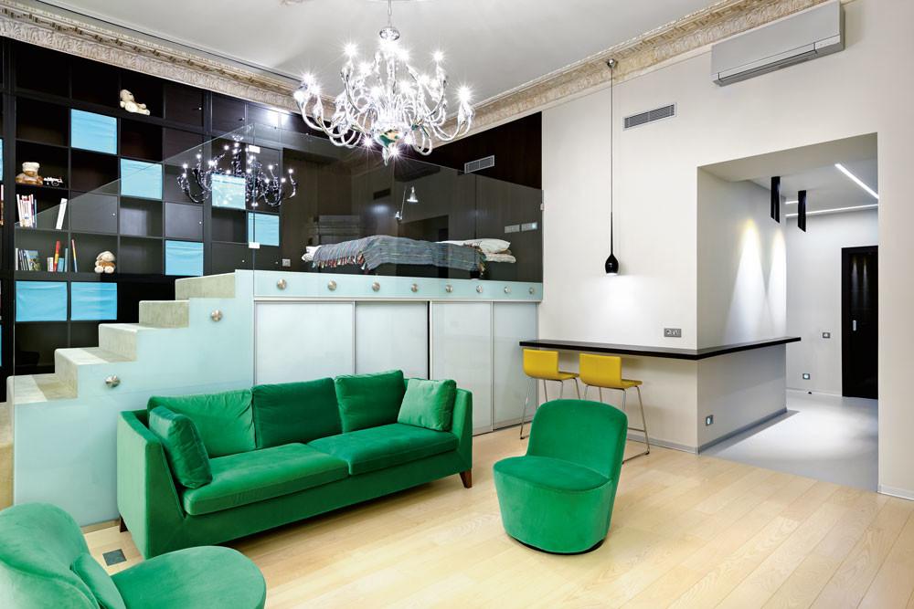 Интерьер маленькой квартиры: пространство для молодой художницы