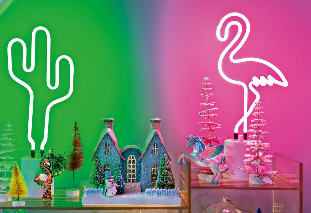 Новогодние украшения в тропическом стиле: 11 модных и необычных предметов