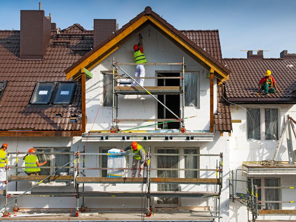 Утепление каркасного дома: возможные варианты и особенности процесса