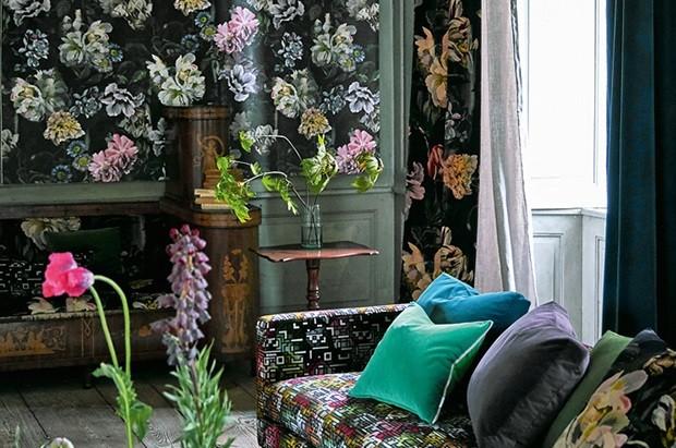 Цветочные сумерки: 11 вещей с модным растительным принтом