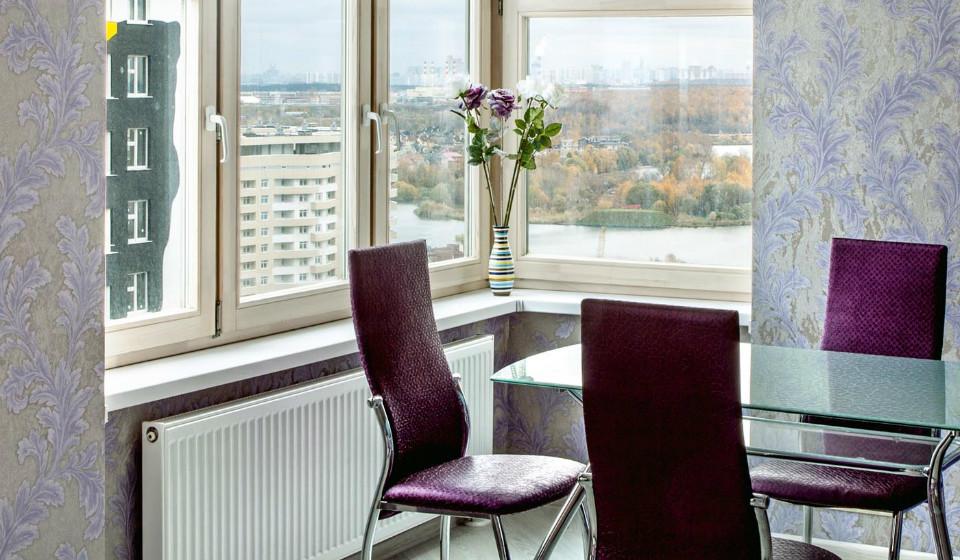 Деревянные окна для дома и квартиры: критерии выбора