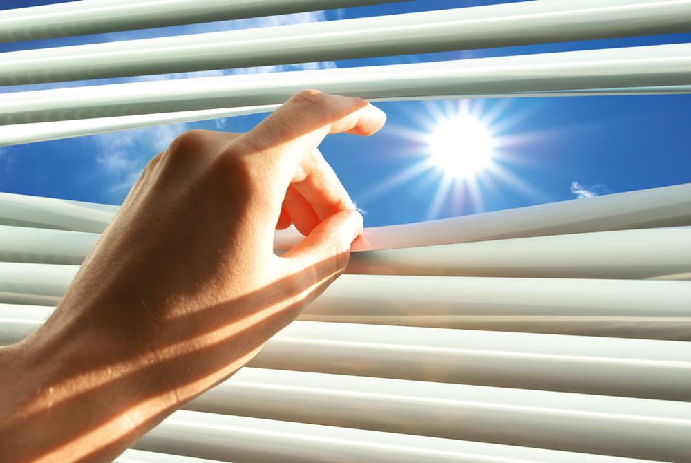 Как защитить свой дом от палящих солнечных лучей: 3 верных способа