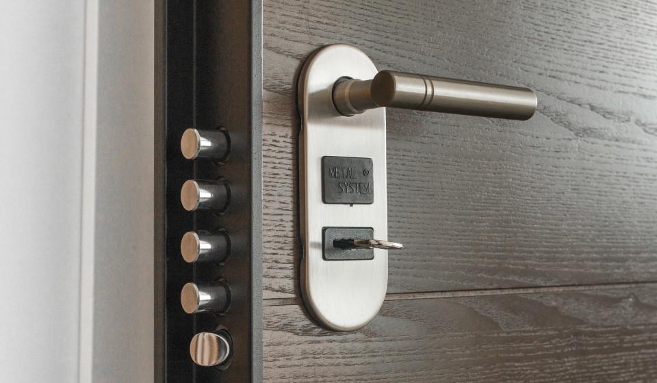 Монтаж входной двери: 9 советов от специалистов