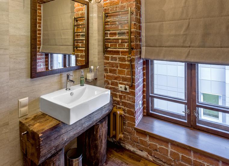 Санузел в стиле лофт: кирпичная кладка, винтажные элементы и современная сантехника