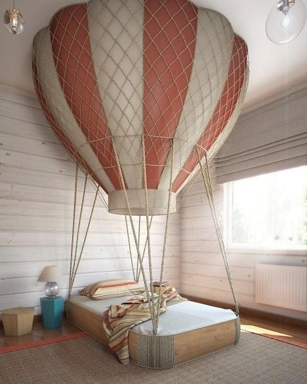 Кровать в виде воздушного шара в детской