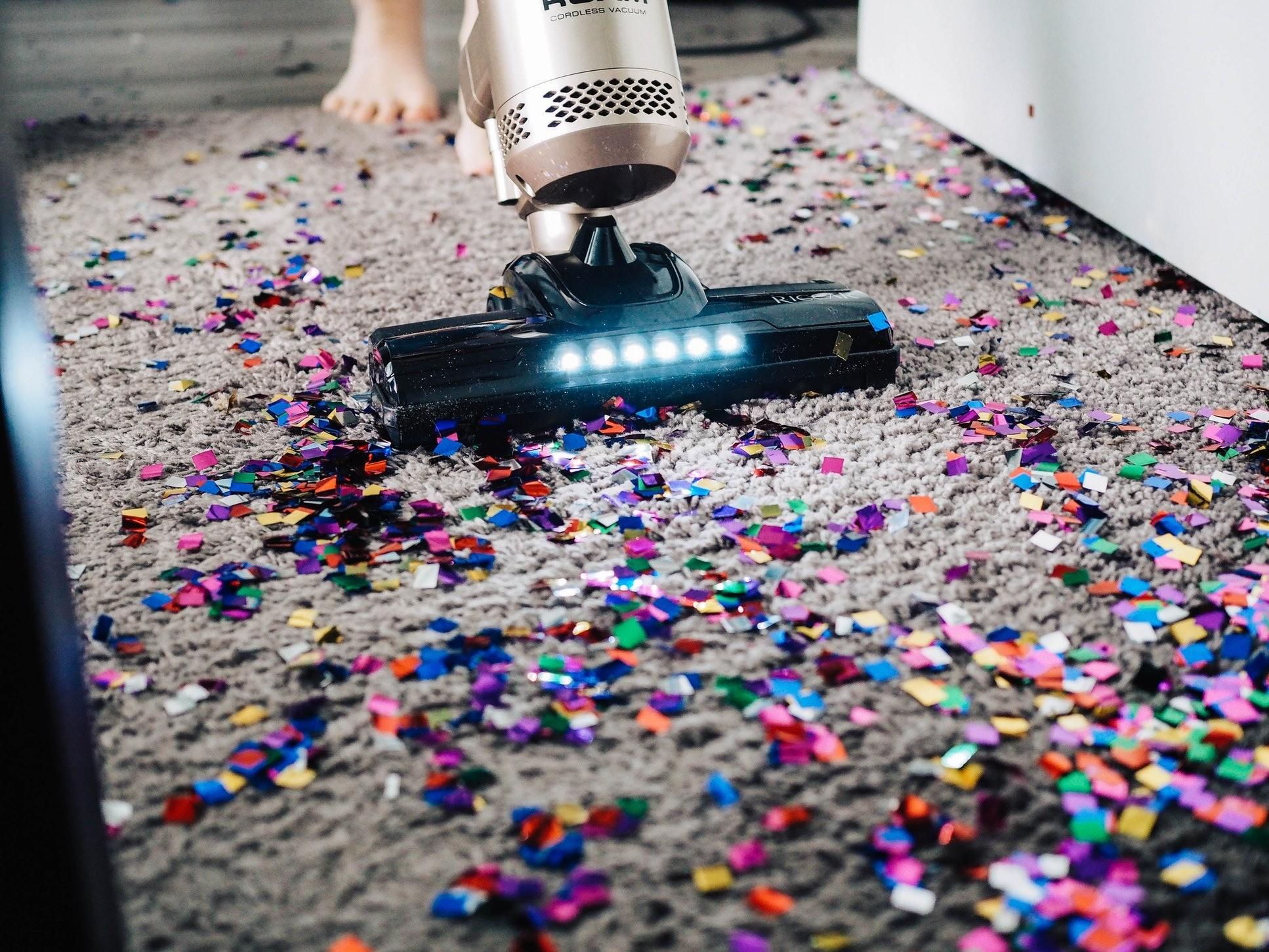 5 неожиданных способов превратить уборку в праздник
