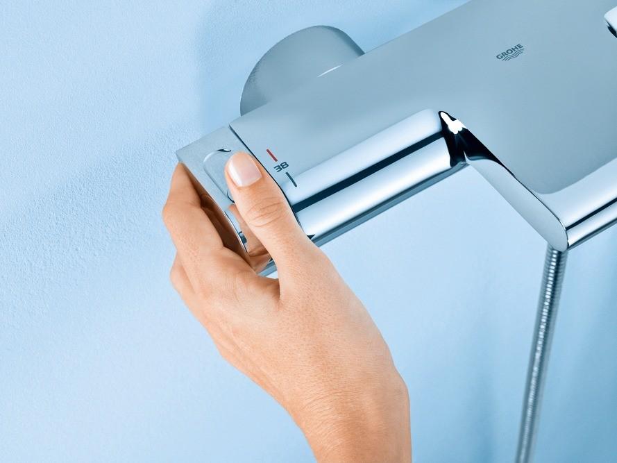 Чтобы сделать водную процедуру комфортной и безопасной, достаточно  выставить нужную температуру.