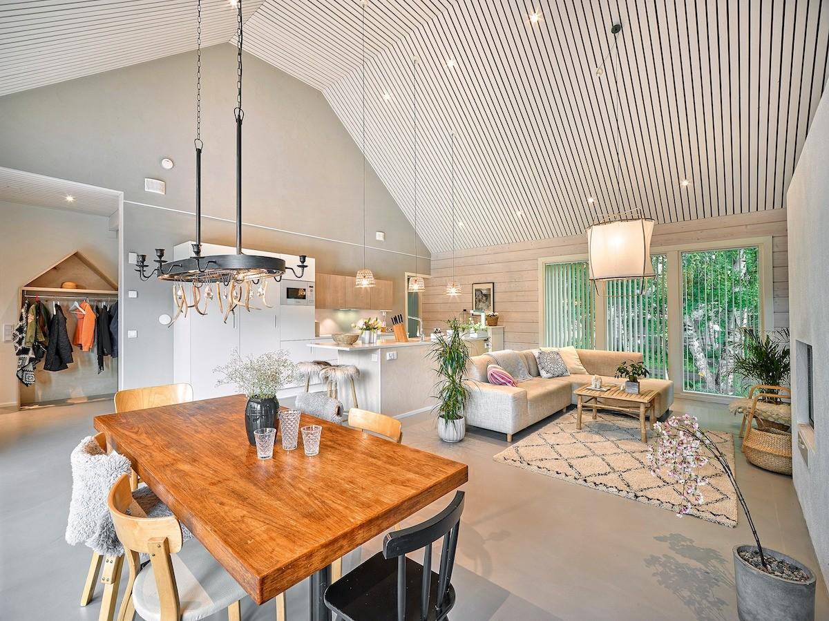 Коттедж в Финляндии: эко-интерьер с мебелью из ИКЕА