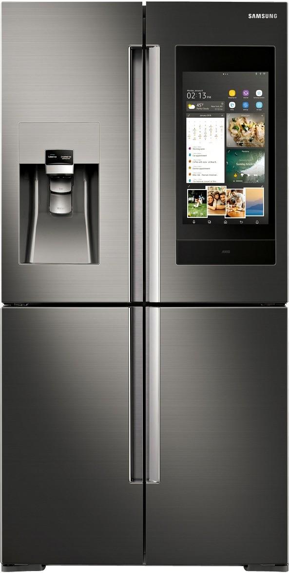 Холодильник  Samsung серии Family Hub, оборудованный цветным дисплеем