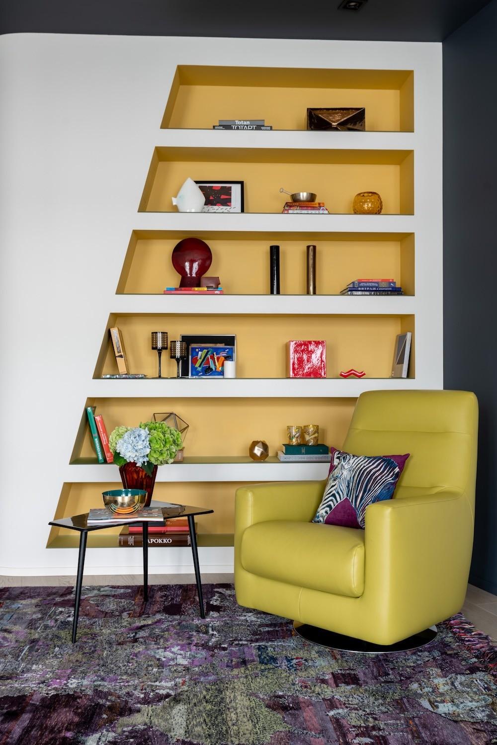 Яркая квартира для творческой семьи