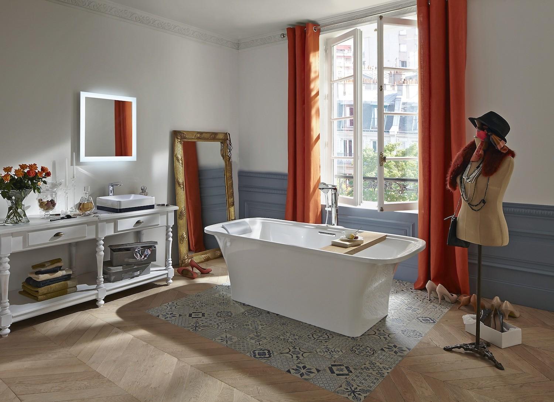 Толщина стенок ванны Elite— 12мм (два слоя литьевого акрила, между которыми располагается слой композита)