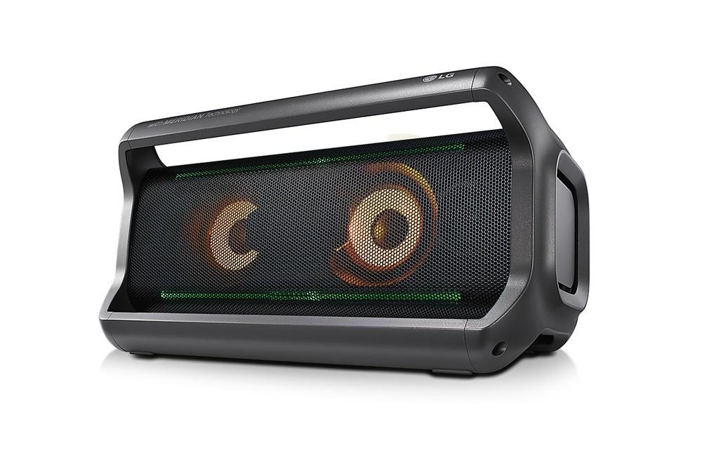 Портативная акустическая система LG XBOOM Go PK7 (11 999 руб.)