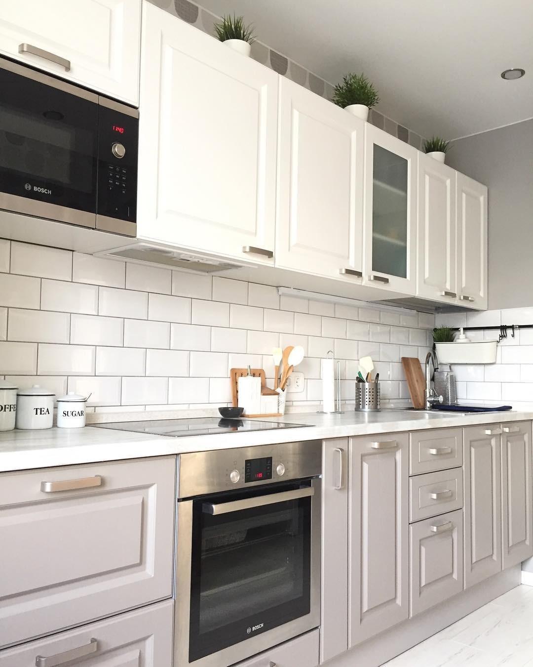 Вытяжки в интерьере кухни: 30+ дизайн-идей для гармоничного размещения