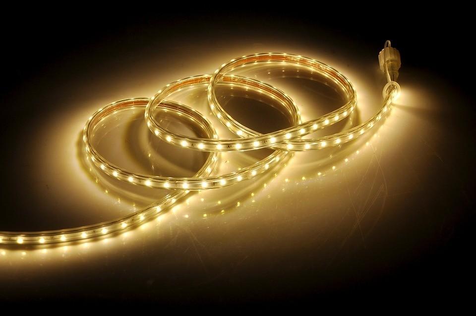 9 способов сделать дом удобнее с помощью светодиодных лент